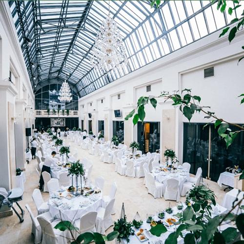 Sit Down Dinner Service - Wedding Catering Toronto
